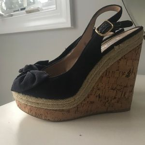 Steve Madden wedges with navy bow